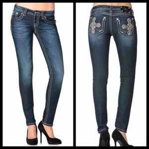 Miss Me skinny dark blue jean 26 bling cross